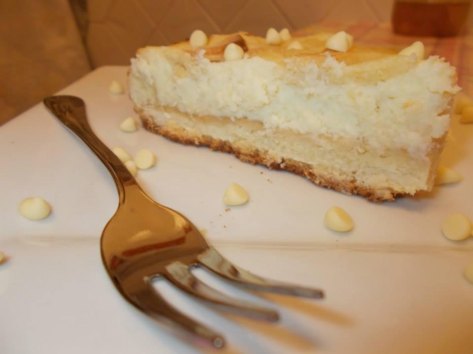 Crostata di ricotta con scaglie di cioccolata bianca